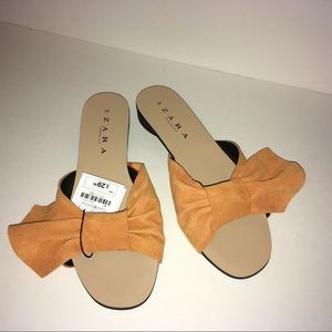 NWT. Zara Orange Sandals With Bow  38/8